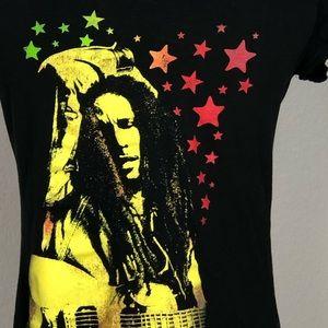Bob Marley black t-shirt w bright colors. Sz JR L